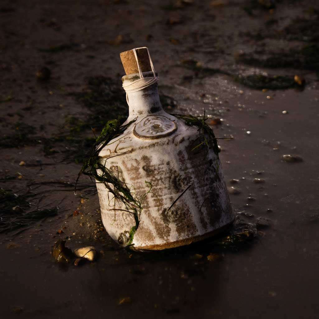 old leigh rum aged flagon charity raffle